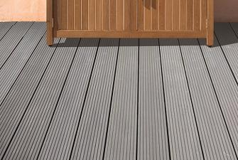 Terrassen Terrassendielen Aus Holz Und Wpc Platten Hausler